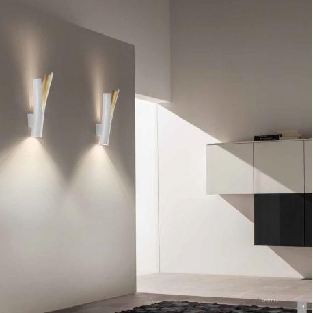 Applique led Olmo Sillux fabrication italienne en métal blanc et or 2x4w led 930 lumens 3000k existe en bronze et or